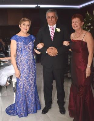 Los padres de la novia, Onilda Rivera, Pablo y Nelly Paz