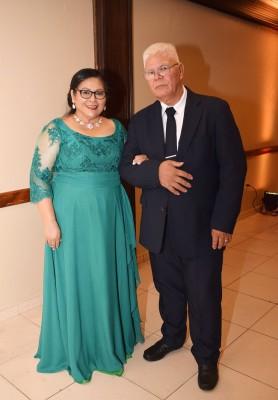 Los padres del novio, Moises Aguilar y Catalina Perez