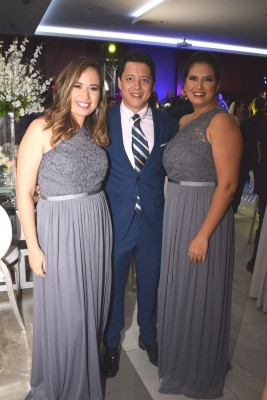 María Fernanda Mitchell, Marco Pineda y Eva Caballero