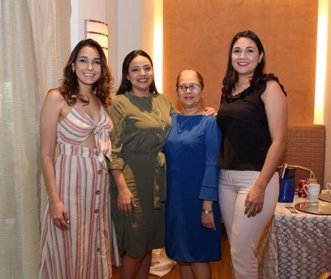 María Luisa Reyes, Lorena Ramírez, María Luisa Moran y Jakeline Aguilar