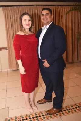 Mariela Castellanos de Hernández y David Hernández