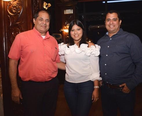 Mario Soler, Daphne Galdámez y Charlie Figueroa.