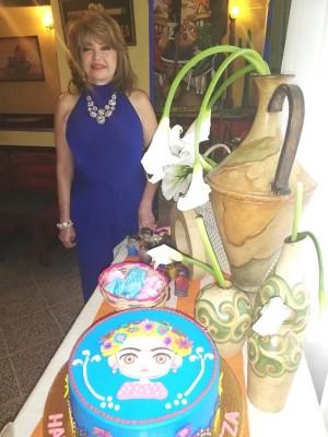 Maritza Lara celebrando su cumple...