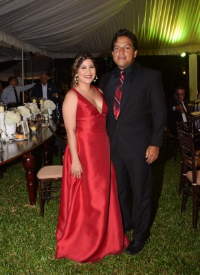 Rigoberto Romero y Dora Alejandra Mendoza
