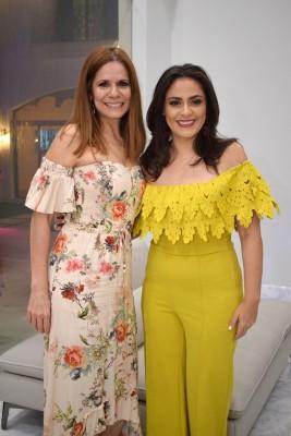 Sandra de Solís y Carolina Valerio.