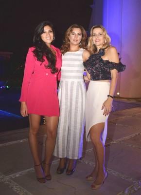Silvia Martínez, Gabriela Delcid y Victoria Róbelo de Otero