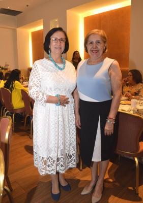 Vera de Collart y Olga Yuja