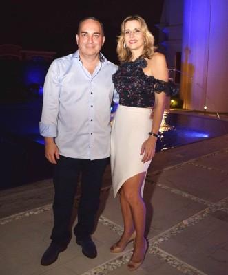 Victoria Robelo de Otero junto a su esposo Daniel Otero.