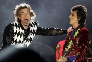 Mick Jagger volvió a cantar tras la operación de corazón