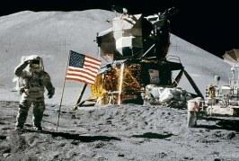 Celebran los 50 años del primer viaje del hombre a la Luna con un eclipse parcial
