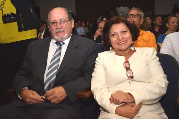 Antonio Vinciguerra junto a su esposa Marta Soto de Vinciguerra.
