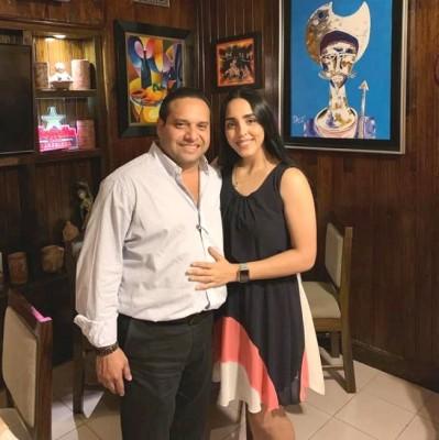 Ayer estuvo de placemes la bella Rocio Verdial, hija mayor del abogado Joaquín Verdial Bográn