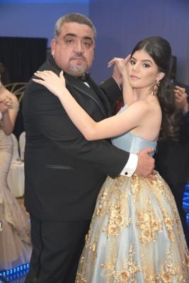 Carlos Sabillón y Melanie Sabillón.