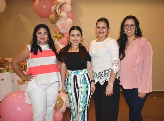 Carmen Rosales, Dayana Velásquez, Keily Rivera y Yulissa Oyuela