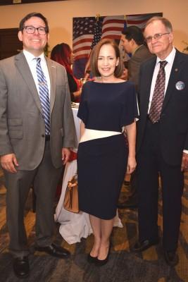 Dana Dereen, Alexa Foglia y Gregory Werner.