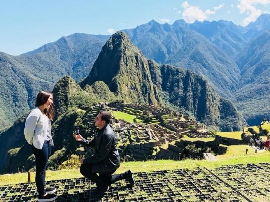 El destino quiso que Audrey y Javier llegaran a Perú...allí, en el Machu Picchu, tuvo lugar la pedida de mano inolvidable