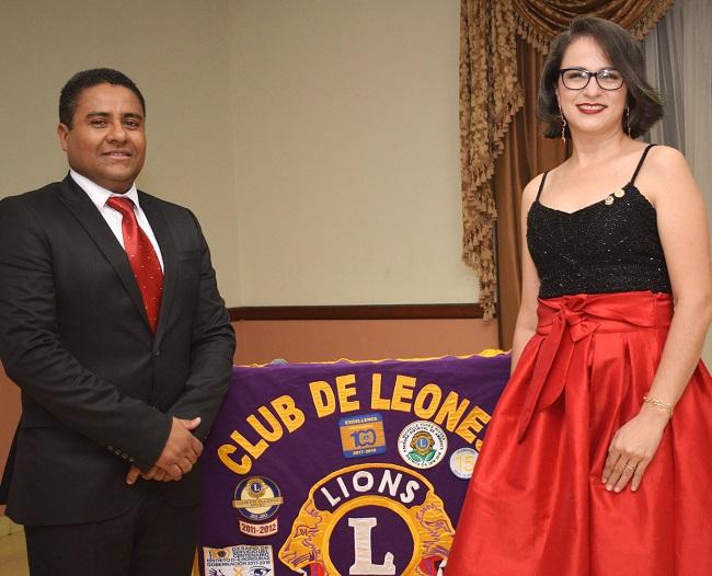 Club de Leones juramenta su nueva junta directiva