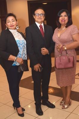 Gabriela Mejía, Damario Reyes y Sheila García.