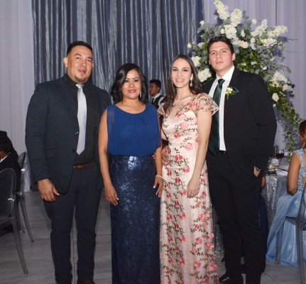 Gerardo Oliva, Ada de Oliva, Alejandra Handal y Amilcar Ramírez