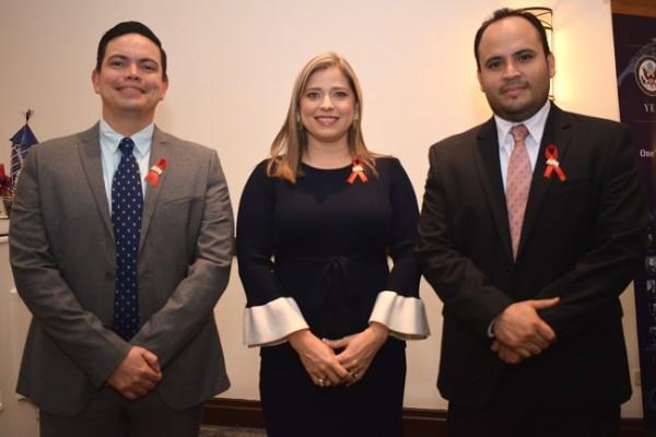 Ivan Aguilar, Melissa Villegas y Mario Ramos.