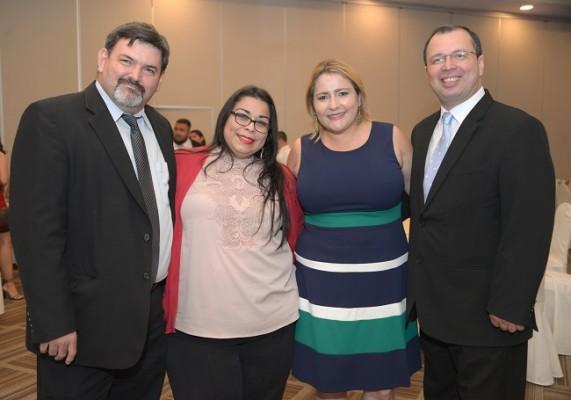 Juan Carlos Segura, Francis Rivera, Scarleth y Reynaldo Ekónomo.