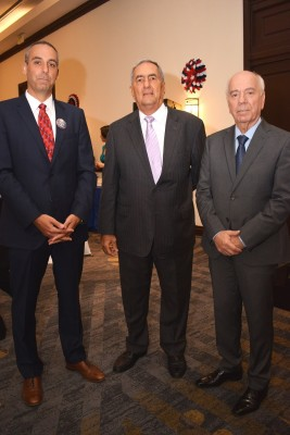 Mazin Alfaqih, Emin Abufele y Mauricio Chiovelli.