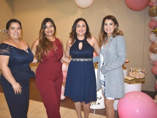 Melissa Izaguirre, Keysi Rivera, Saray Castillo y Claudia Gómez