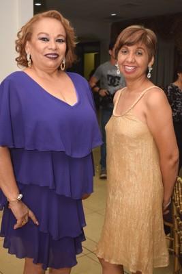 Nora Castillo y Ligia Reynaud.