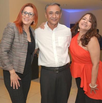 Sayda Umaña, Efraín Rodríguez y Glenda Santos