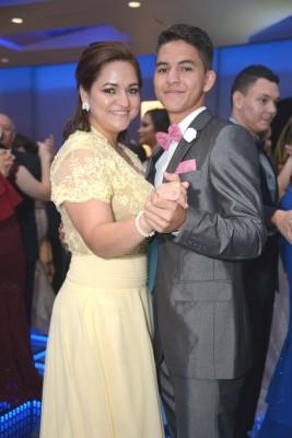 Suyapa Carranza y Jesús Ríos.