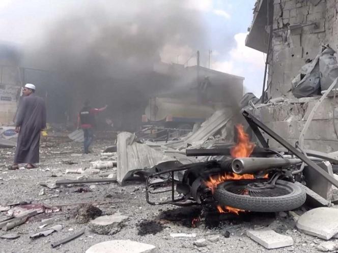 Bombardeos rusos contra un mercado en Siria deja al menos 37 muertos