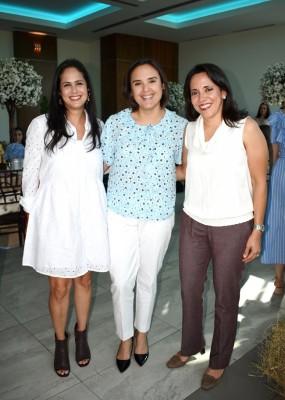 Alejandra García, María Elena Sabillon y Larissa Paredes
