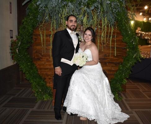 Una fiesta postboda de inspiración rústica-chic, enmarcó la velada dedicada al amor de Juan Jaar Rosa y Tania Guzmán Carballo