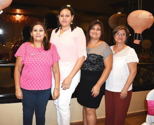 Daysi Canales, Nora Motiño, Rita Peña y Lilian Montoya