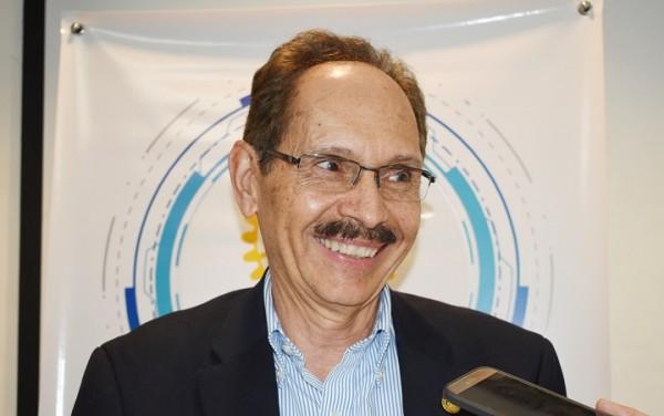 Francisco Viau, Gobernador del Distrito 4250
