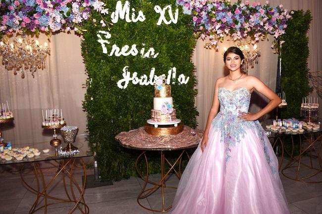 El Royal Garden de Fresia Isabella en sus 15 primaveras