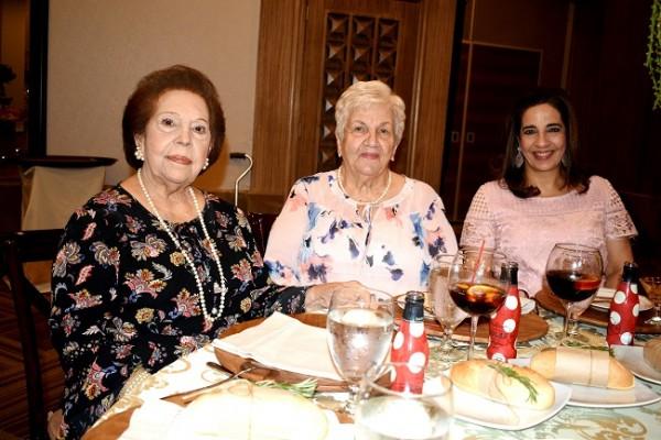 Graciela Yuja de Chahin, Ivonne Yuja y Marlene Restrepo