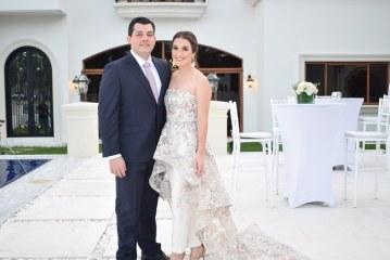 Un entorno romántico para el enlace civil de Andrea y Gustavo