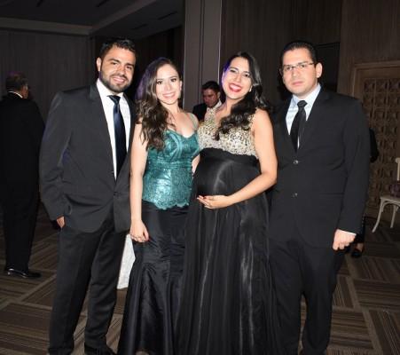 Héctor Hernández, Cindy García, Carmen y Juan Carlos García