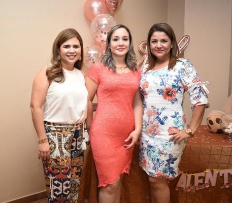 Ingris Amaya, Jane Torres y Erica Sandoval