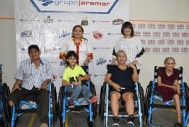 Grupo Jaremar en alianza con Cepudo realizan entrega de sillas de ruedas