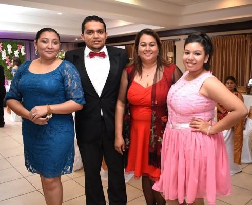 Jenny Rodríguez, Santos Medina, Norma Alfaro y Nazareth Gómez