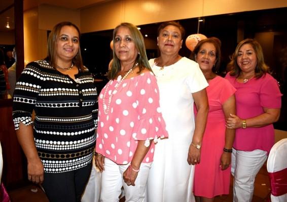 Jicely Durán, María Reyes, Nelmy de Montoya, Maribel Munguía y Francis Ayala