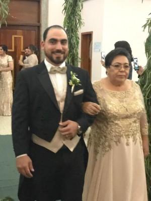 Juan Jaar y su madre, Thelma Rosa de Jaar