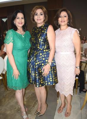 Judith de Vega, Nancy de Handal y Magda de Hernández