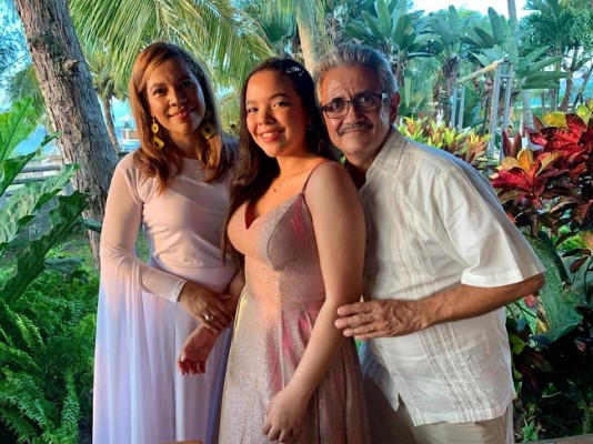 Karla Andrade, Gracia Valeria Matamoros y Mariano Figueroa