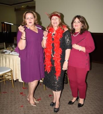 Linda Castro, Lía Castro de Bográn y Lizeth de Castro