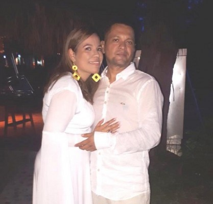 Karla Andrade con su hermano Alex Andrade