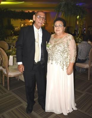 Los padres del novio, Juan Lutfy Jaar y Thelma Rosa de Jaar