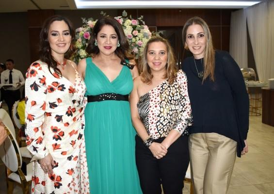 Lourdes Abufele, Gissel de Tinoco, Claudia Padilla y Gihad de Saybe